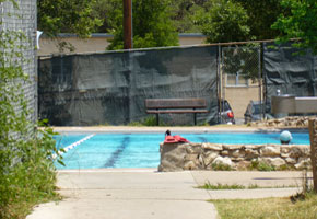 travis heights public pool